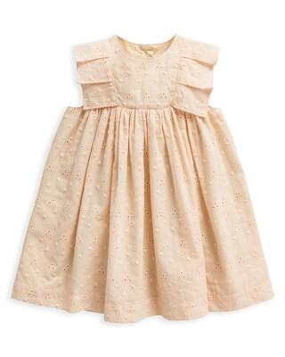 فستان بتطريز إنجليزي