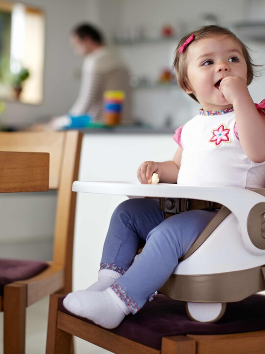 مقعد داعم للطفل الصغير لمائدة الطعام بصينية قابلة للفصل - بني image number 5